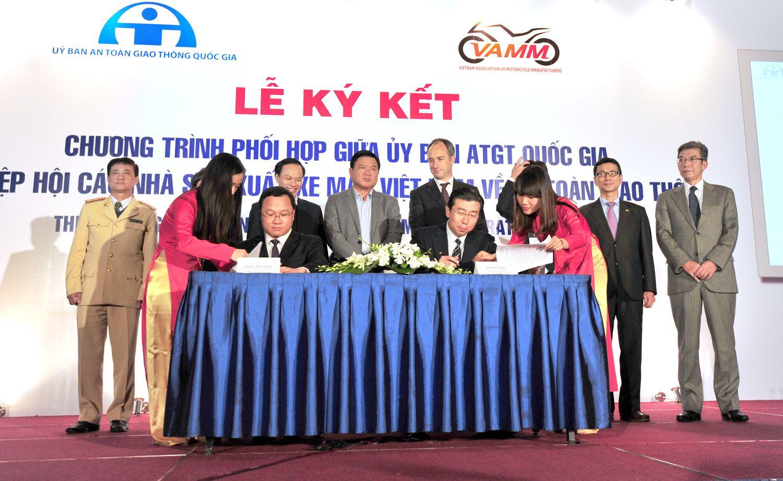 Chương trình phối hợp giữa Ủy ban ATGT Quốc gia và VAMM về An toàn giao thông